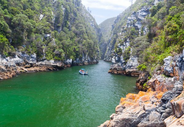 80 km of rocky coastline with spectacular sea and landscapes on The Garden Route, South Africa