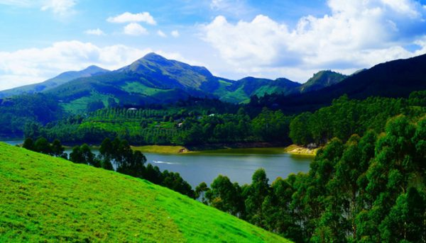 Munnar - Best Valentine Place in India