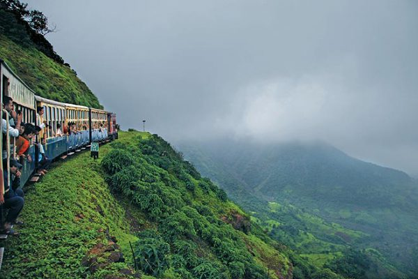 Matheran - Best Valentine Place in India