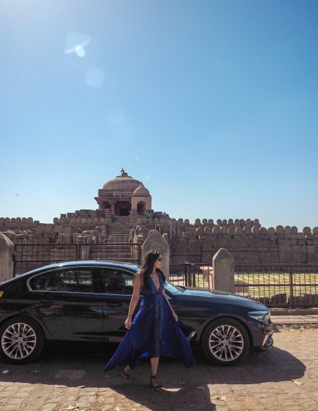 Hire a car on rent for rajasthan road trip