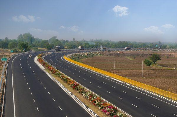 self drive road