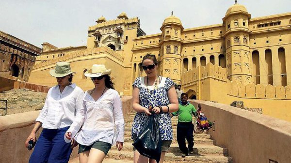 foreign tourists to drive in India