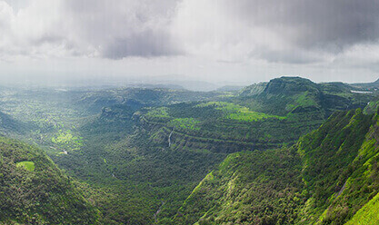 Book a Car from Pune and Visit Lonavala