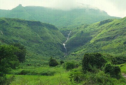 Book a Cab from Pune and Visit Matheran