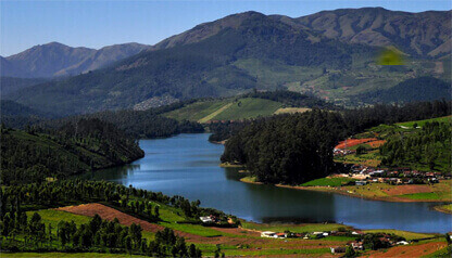 Book a Car from Bangalore Online and Visit Ooty